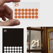 Imagen restauranrante 21 plats. Un projet de Br, ing et identité, T , et pographie de Enric Jardí - 18.08.2016