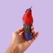Crimson sunbird . Un proyecto de Fotografía, 3D, Diseño de personajes, Bellas Artes, Papercraft, Animación 3D, Fotografía de estudio y Fotografía artística de Diana Beltran Herrera - 13.08.2019