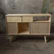 Mueble Audio. Un proyecto de Artesanía, Diseño de muebles y Diseño de producto de Patricio Ortega (Maderística) - 22.08.2019
