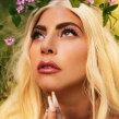 Lady Gaga's HAUS Laboratories shot by Christine Hahn. Um projeto de Pós-produção, Retoque fotográfico e Correção de cor de Harrison Kuykendall - 12.03.2020