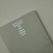Qualcosa. Un proyecto de Diseño editorial, Diseño gráfico y Tipografía de Silvia Fernández Palomar - 28.08.2020