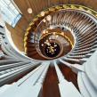 Staircases of London . Um projeto de Fotografia, Arquitetura de interiores, Design de interiores, Fotografia com celular, Fotografia para Instagram, Fotografia arquitetônica, Fotografia Lifest e le de Jack Fleming - 23.09.2020