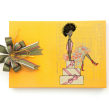Caixas. Un proyecto de Ilustración, Moda, Papercraft, Diseño de moda, Ilustración digital y Dibujo digital de Carol Gomide - 06.11.2020