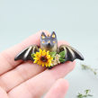 Bat Necklace in Polymer Clay. A Fine Art, Jewelr, Design, and Sculpture project by Marisa Clemente - 07.02.2018