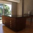 Mesa de trabajo. Un progetto di Design di mobili, Interior Design , e Falegnameria  di Estudio Caribe - 05.01.2015