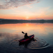 Gumotex Kayak / Commercial shooting. Um projeto de  Fotografia publicitária, Fotografia Lifest e le de Julia Nimke - 18.03.2021