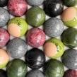 Domes and spheres. Um projeto de Design, Artesanato, Culinária e Criatividade de BRIK chocolate - 03.05.2021