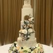 Enchanted Floral Wedding Cake . A H und werk project by Nasima Alam - 04.05.2021
