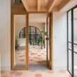 Field House. Un proyecto de Diseño, Arquitectura, Diseño interactivo y Arquitectura interior de Bradley Van Der Straeten - 28.04.2020