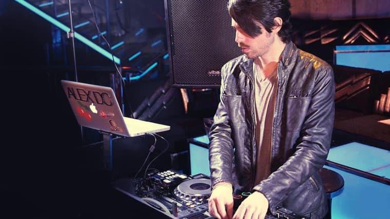 DJ e produção de música eletrônica