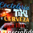 Coctelería Tahiti, rotulación exterior e interior.. A T und pografie project by Ivan Castro - 06.04.2014