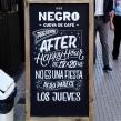 Pizarras - Negro, cueva de café . Un proyecto de Br, ing e Identidad, Caligrafía y Lettering de Ximena Jiménez - 07.05.2019