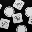 La Tanière. Un proyecto de Diseño, Br, ing e Identidad y Diseño gráfico de Asís - 14.05.2014