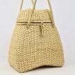 Small Handbag. Un proyecto de Artesanía, Tejido y Carpintería de Camille Labarre - 04.05.2020