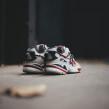 """Zapatillas """"La Junta"""". Un proyecto de Diseño de vestuario, Diseño de calzado y Pintura acrílica de Juan Pablo Bello (MYSNKRS Customs) - 07.03.2020"""