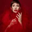 Lost in Red. Un proyecto de Retoque fotográfico y Fotografía de retrato de Iris Encina - 19.09.2020