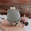 Eusebio, el príncipe sapo.. Un proyecto de Tejido de Príncipe del Crochet - 06.11.2020