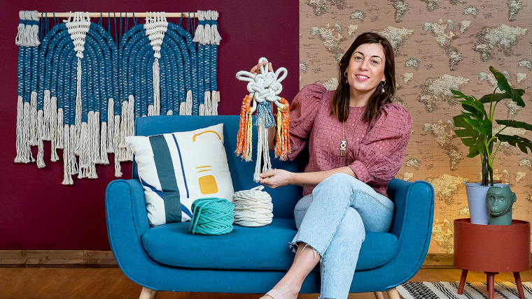 Macramé Knots: Create a Sample Collection