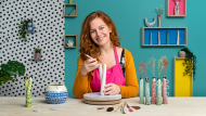 Creating Ceramics with Character. A Craft course by Sandra Apperloo