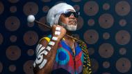 Introducción a la percusión: descubre la magia de los ritmos. Un curso de Tecnología de Carlinhos Brown