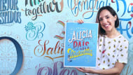 Lettering para perfeccionistas. A Calligraph, , T, and pograph course by Martina Flor