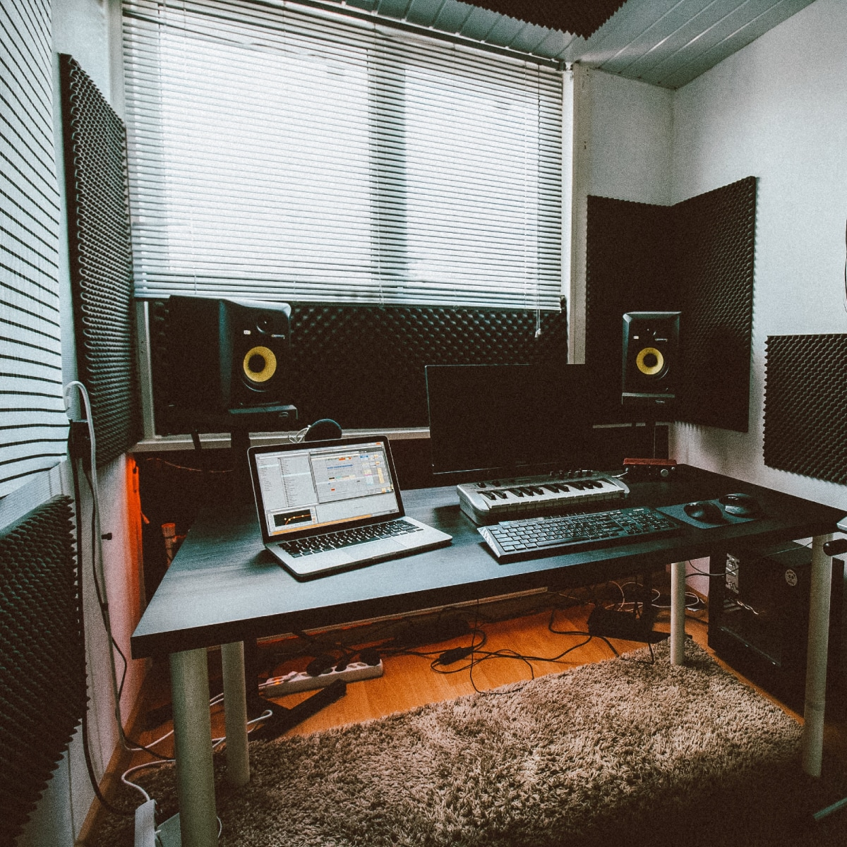 How to Set up a Sound Recording Studio at Home   Domestika