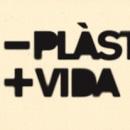 -Plàstic+Vida. Un proyecto de Diseño, Ilustración, Publicidad, Instalaciones y Fotografía de DUPLOGRAFIC diseño editorial - 12.07.2011