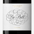 Vino La Pell - La Gravera. Um projeto de Br, ing e Identidade, Design gráfico, Packaging e Caligrafia de Oriol Miró Genovart - 22.11.2014