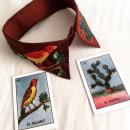 Mi Proyecto del curso: cuello y lotería mexicana. Este bordado está inspirado en las imágenes de la tradicional lotería mexicana: el pájaro y el nopal. Y también en las montañas de mi querida Bogotá.. Un proyecto de Artesanía y Bellas Artes de alejafonse - 12.07.2016