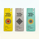 Packaging Cacao Nómada. Um projeto de Br, ing e Identidade, Packaging e Caligrafia de Borja Junguitu - 09.01.2016