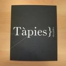 DISEÑO CATÁLOGO. Antoni Tapies. arte contemporáneo.. Um projeto de Design editorial, Artes plásticas, Design gráfico e Tipografia de Manuel J. Morente Morente - 31.01.2018