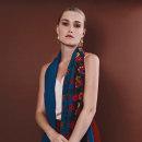 Cashmere & Lace. Un proyecto de Fotografía, Diseño de complementos, Dirección de arte, Artesanía, Moda y Producción de Florence B. - 20.02.2018