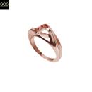 Special ring with gems. Un proyecto de Diseño de jo y as de Santi Casanova González - 19.09.2018