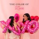 The Color of Love. Un proyecto de Publicidad, Fotografía, Diseño gráfico y Marketing de lashmit Alcalá - 14.02.2018