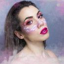 CLOUDY. Un proyecto de Fotografía, Bellas Artes, Creatividad, Fotografía de retrato e Iluminación fotográfica de Estela Parra Sánchez - 23.02.2019