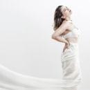 Beauty in White. Un proyecto de Fotografía, Dirección de arte y Fotografía de moda de Chang Hyon Lee - 03.05.2019