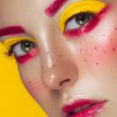 Beauty. Um projeto de Fotografia, Retoque fotográfico, Fotografia de moda e Fotografia de retrato de Rebeca Saray - 05.07.2019