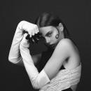 OUTTAKE HARPERS BAZAAR. Um projeto de Fotografia de moda e Iluminação fotográfica de Marcela Cerbon - 10.10.2019
