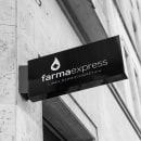 FARMAEXPRESS Branding + Packaging. Um projeto de Br, ing e Identidade, Design e Packaging de Agustín Retamar - 18.04.2019