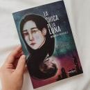 Portada/Contraportada libro: La chica de la luna . Um projeto de Ilustração, Artes plásticas, Pintura e Pintura em aquarela de Gabriela Medellin - 11.01.2020