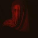 Mi Proyecto del curso: Autorretrato fotográfico artístico. Un proyecto de Fotografía, Fotografía de moda, Fotografía de retrato, Iluminación fotográfica, Fotografía de estudio, Fotografía digital, Fotografía artística y Fotografía para Instagram de Sara Flórez de Quiñones Gómez - 17.02.2020