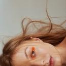 KAMILLE @ Beauty Test. A Photograph, Fashion photograph, Portrait photograph, Studio Photograph, Digital photograph, and Fine-art photograph project by Nicolás Cuenca - 03.27.2020