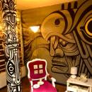 """Exposición """"Al Muro"""". Intervenciones murales en Casa Jauría. Con el artista Julián de Narvaez.. Un proyecto de Ilustración, Pintura, Arte urbano y Decoración de interiores de JORGE LEWIS - 08.04.2020"""