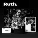 Ruth. Fotografía con Historia. A Br, ing, Identit, Digital Marketing, Instagram photograph, and Social Media Design project by Agustin Sapio - 04.27.2020
