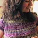 Jersey de punto tejido a mano. Un proyecto de DIY y Tejido de Marta Morán Serrano - 28.04.2020