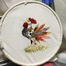 Mi Proyecto del curso: Técnicas de bordado: ilustrando con hilo y aguja.   Mi gallo cantor!  . Um projeto de Bordado de Noemì Estrada - 28.05.2020