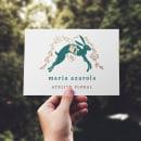 "Logotipo para ""MARÍA AZAROLA, atelier floral"". Un projet de Illustration, Conception de produits, Conception d'icônes , et Création de logo de Lucía Gianello Gayoso - 07.06.2020"