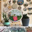 Girl and leaves embroidery. Um projeto de Bordado de Kseniia Guseva - 24.05.2020