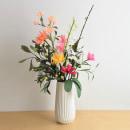 Paper flower arrangement. Un progetto di Artigianato, Papercraft e Interior Design di Eileen Ng - 21.07.2020