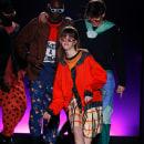Trendy Flock 2019. Um projeto de Design de moda e Moda de krizia robustella - 23.09.2020